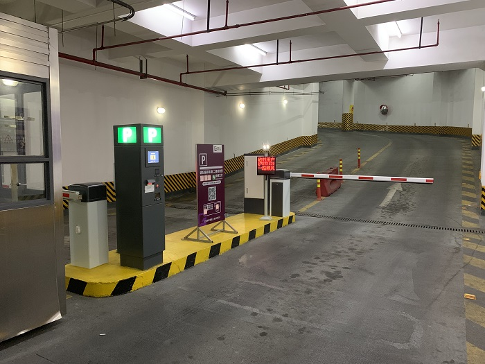 What are the advantages of unattended parking charging