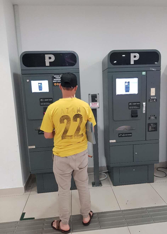 Malaysia parking